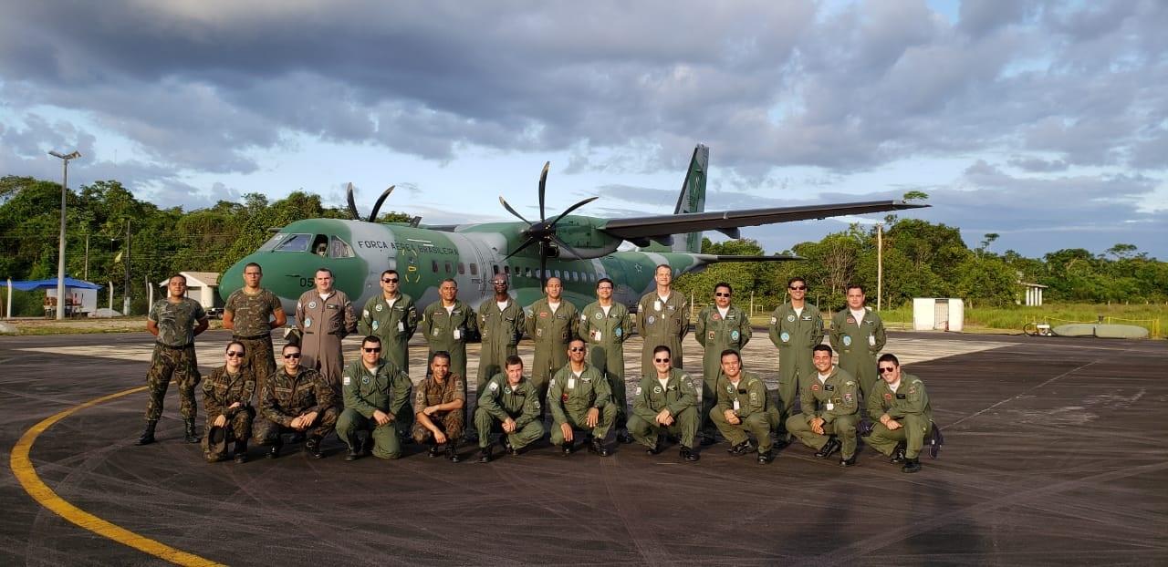 Ensaios em Voo da FAB realiza certificação de operação especial da aeronave C-105 em Surucucu